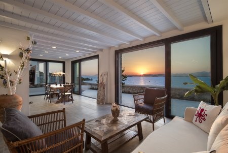 4 BEDROOMS IN SOVALYE ISLAND WITH STUNNING SEA-VIEW
